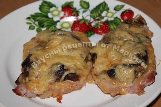Эскалопы из свинины с помидорами в духовке рецепт