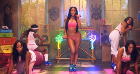 "Nicki Minaj rebola para Drake no clipe de ""Anaconda"""