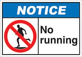 run frisbee