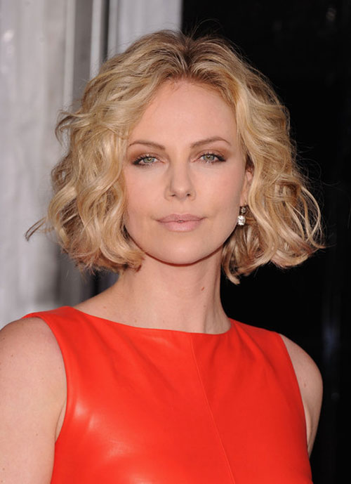 Charlize Theron Short Blonde Curly Bob Hairstyles Hairstyles And