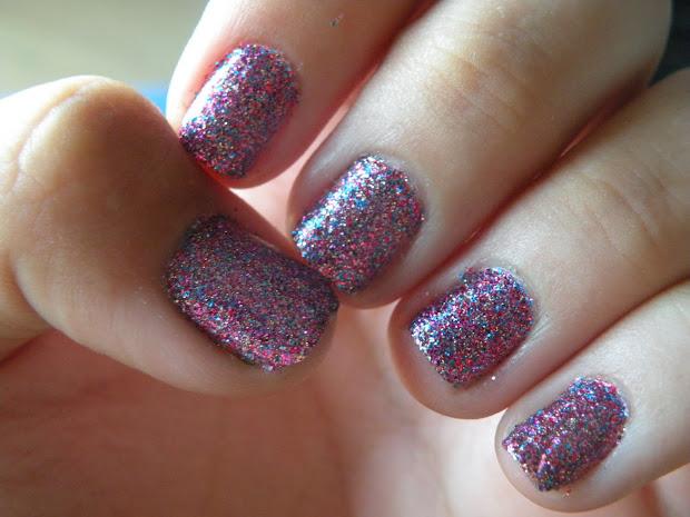 laura's nail art glitter nails