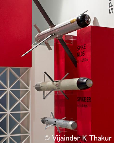 صواريخ Spike : هل صنعت اسرائيل اقوى الصواريخ القاتله للدبابات في العالم ؟ IMGP4350