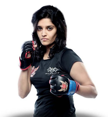 Salla Khadoos movie Cast Crews: Ritika Singh