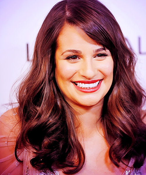 Lea Michele Hairstyles 43