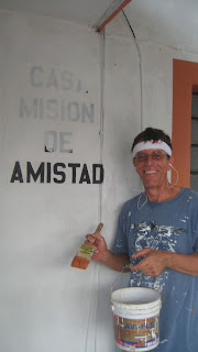 On Sept 30, Ron van Dyken joined the Mission staff for a six month volunteer position. Ever since he arrived, he has been busy scraping, sanding, painting, fixing, cleaning and doing a variety of other chores around the Mission house and the Nueva Vida girls' shelter. He has organized a number of work days with the help of the Merida Men's Club and has been an all around handy man. Thanks to them all, the Mission properties are looking bright and new.