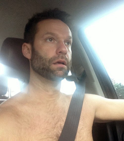 Scientists Link Selfies To Narcissism, Addiction & Mental Illness - If you can combine the Seatbelt Selfie with the beloved Shirtless Selfie like this unattractive fella below, you..are…GOLD.