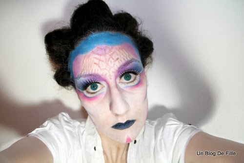 http://unblogdefille.blogspot.fr/2013/10/halloween-makeup-alien-et-de-katy-perry.html