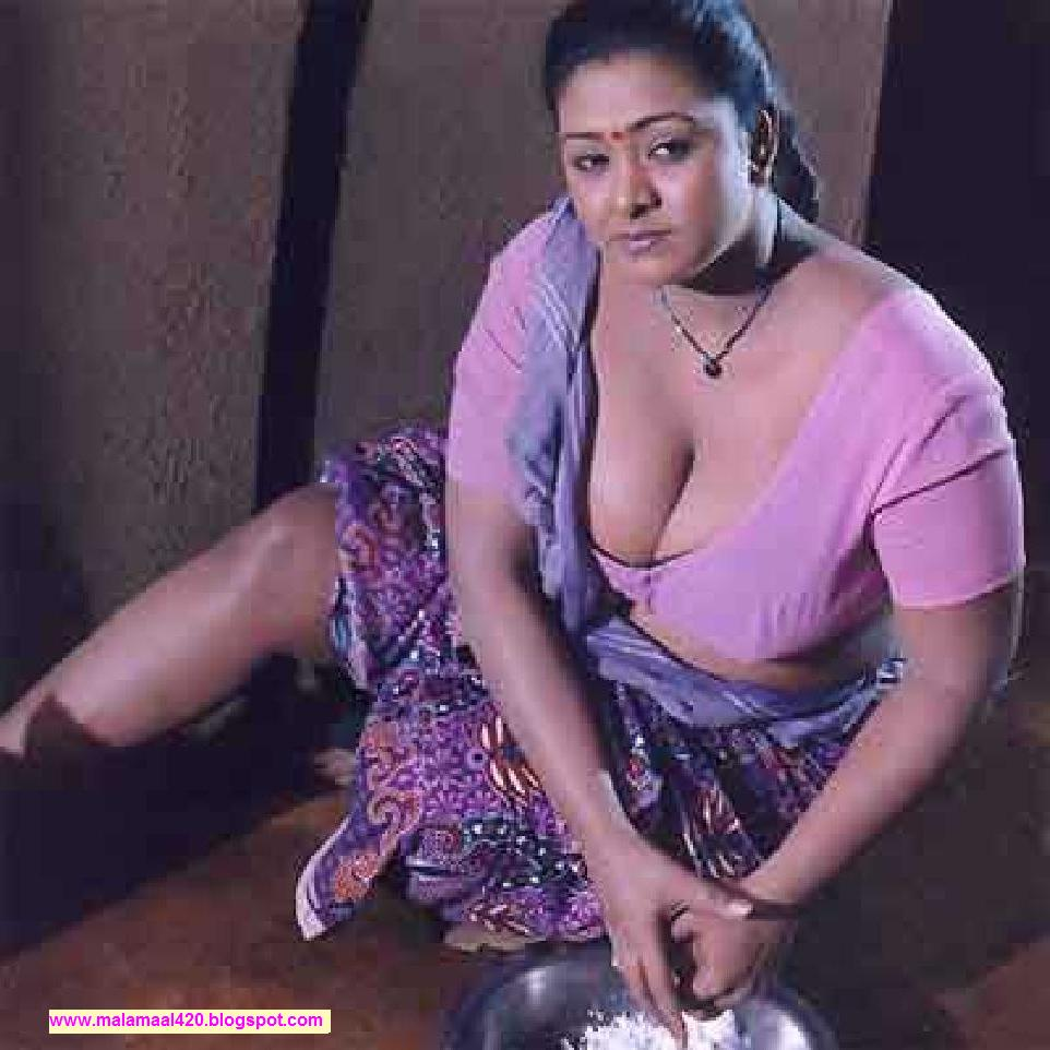 Boob full Shakeela her showing