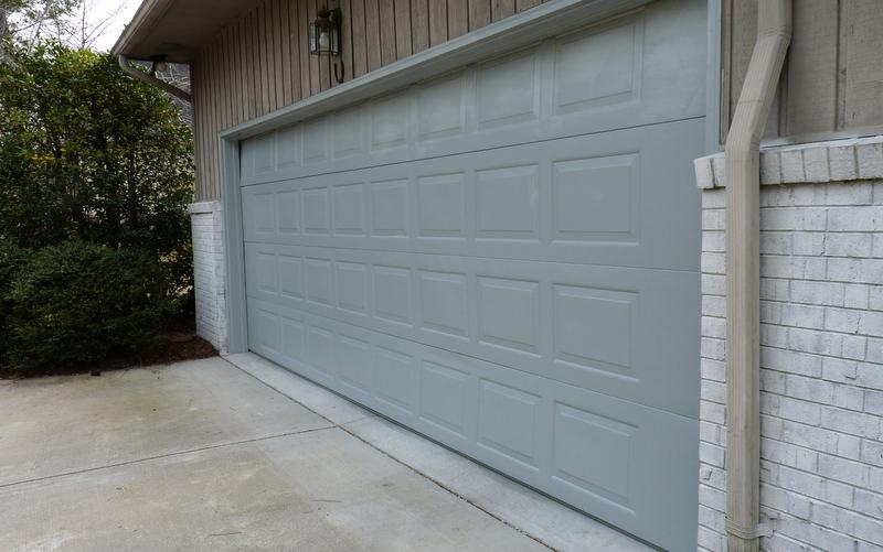 Susan hawke diy painting your garage door for Painted garage doors pictures