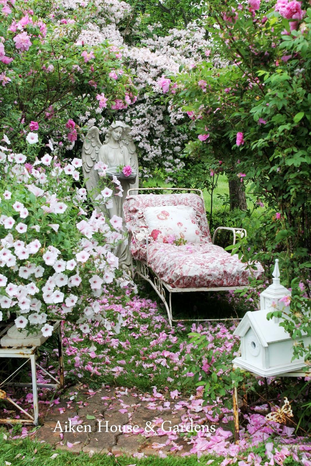 Aiken house gardens under the bower of roses for Aiken house