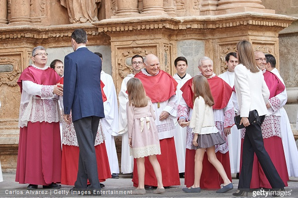 Spanish Royals King Felipe VI of Spain, Princess Sofia of Spain, Princess Leonor of Spain and Queen Letizia of Spain attend the Easter Mass at the Cathedral of Palma de Mallorca