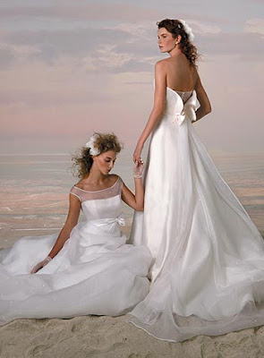 White Chiffon Strapless Floor-length Wedding Dress