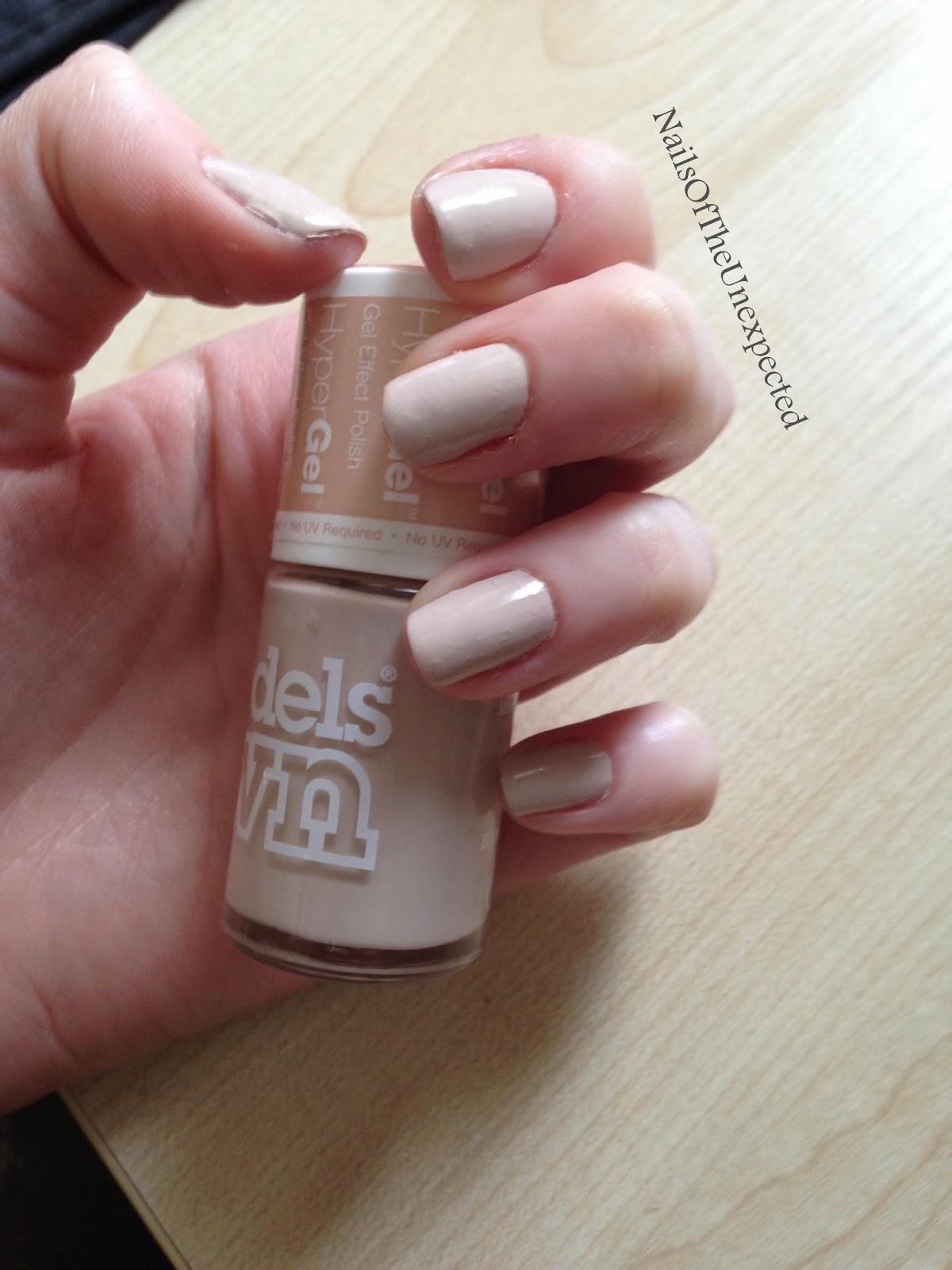 nude-nail-polish