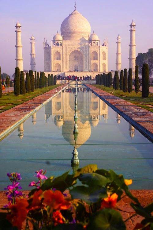 Taj Mahal di Agra, Uttar Pradesh, India