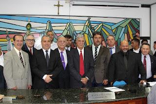 Câmara Municipal dá posse a Mário Tricano como prefetio - Crédito Jefferson Hermida