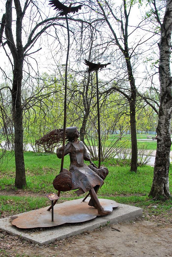 Скульптуры в Березниках