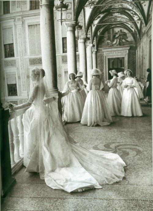 Vivien leigh the vintage bride grace kelly for Princess grace wedding dress