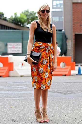 %C3%87i%C3%A7ek desenli elbise modelleri 2013 7 2013 Çiçekli elbise modelleri