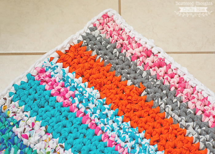 Free Crochet Pattern For Rag Rugs : Crocheted Rag Rug (using fabric scraps) Scattered ...