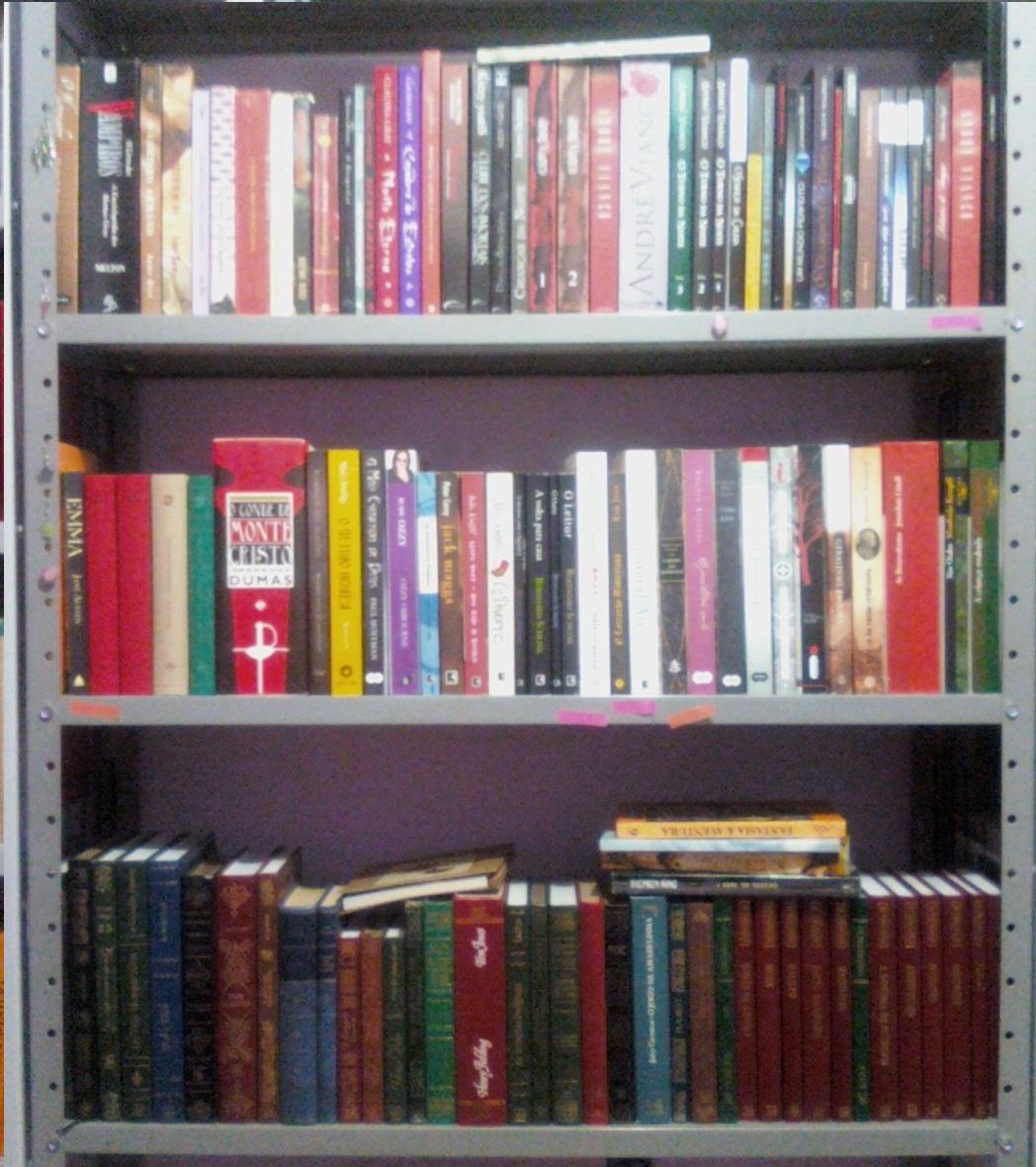 não mantenha seus livros em armários fechados em caixas e/ou em  #A12A37 1048x1180