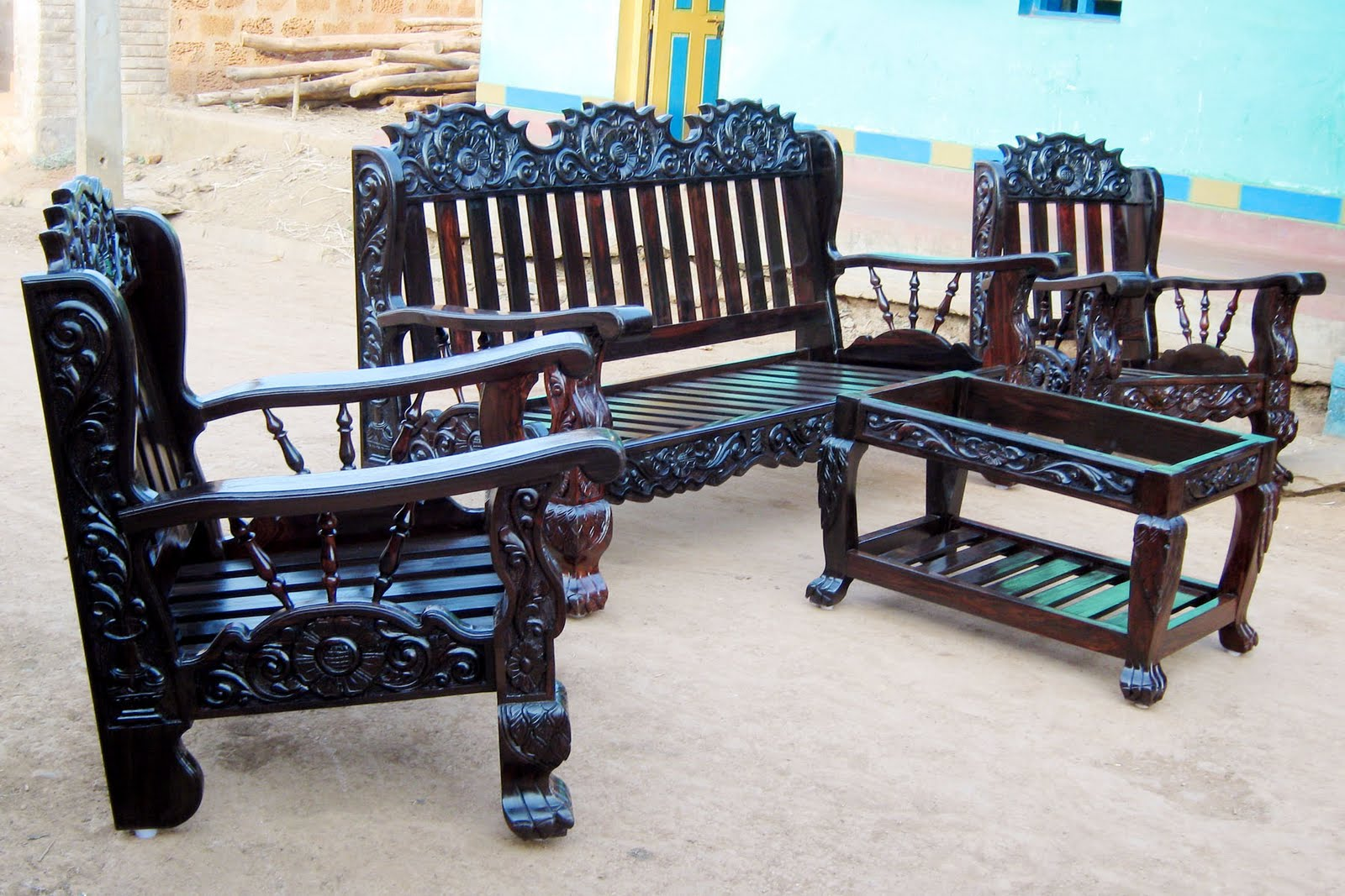 Shehan furnitures for Furniture tipoi design