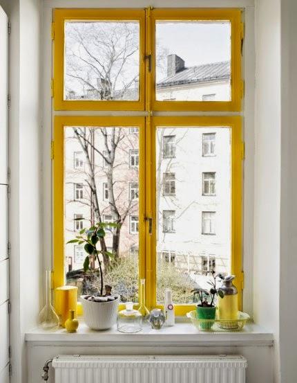 http://elledecoration.se/inspiration-inred-med-gul-accent/