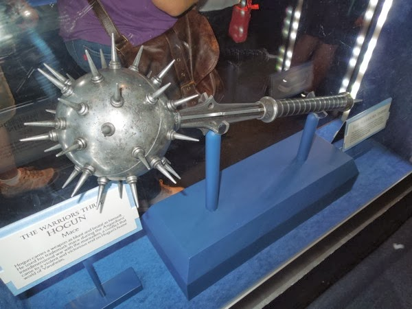 Hogun mace prop Thor Dark World