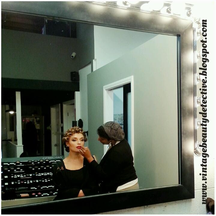 1950s vintage hairstyle via www.vintagebeautydetective.blogspot.com