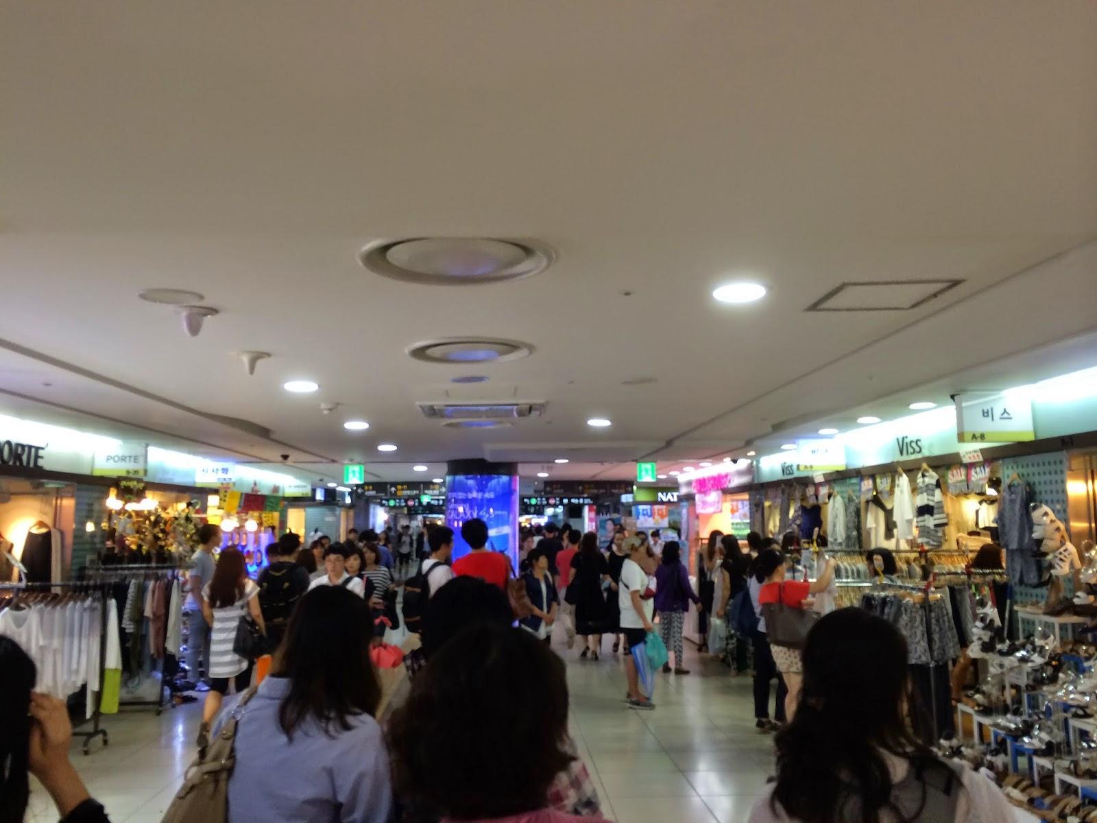 Erika Travels: Day 4 Seoul: Kwangjang Market, Cheonggyechon Stream ...