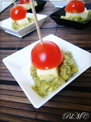 http://www.pecorelladimarzapane.com/2011/03/pesto-di-olive-pistacchi-e-capperi-che.html