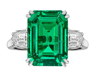 Emerald Rings For Famous Ceremony Events