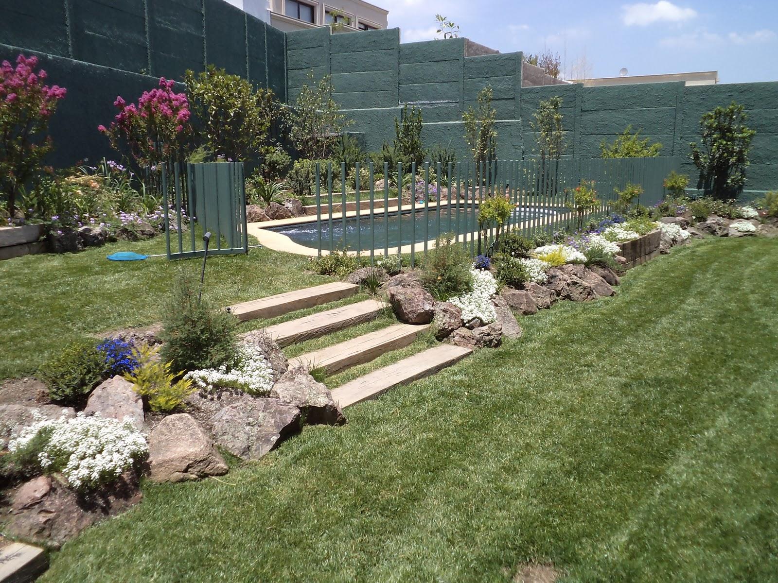 El zohar paisajismo gilda herrera paisajismo con for Paisajismo jardines rusticos
