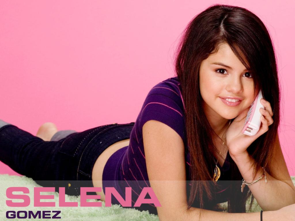 http://4.bp.blogspot.com/-0c6jVJ9CA5w/Tu7c6tN-xUI/AAAAAAAAACQ/zN8awhjyHUc/s1600/Selena-Gomez-Wallpaper-2.jpg