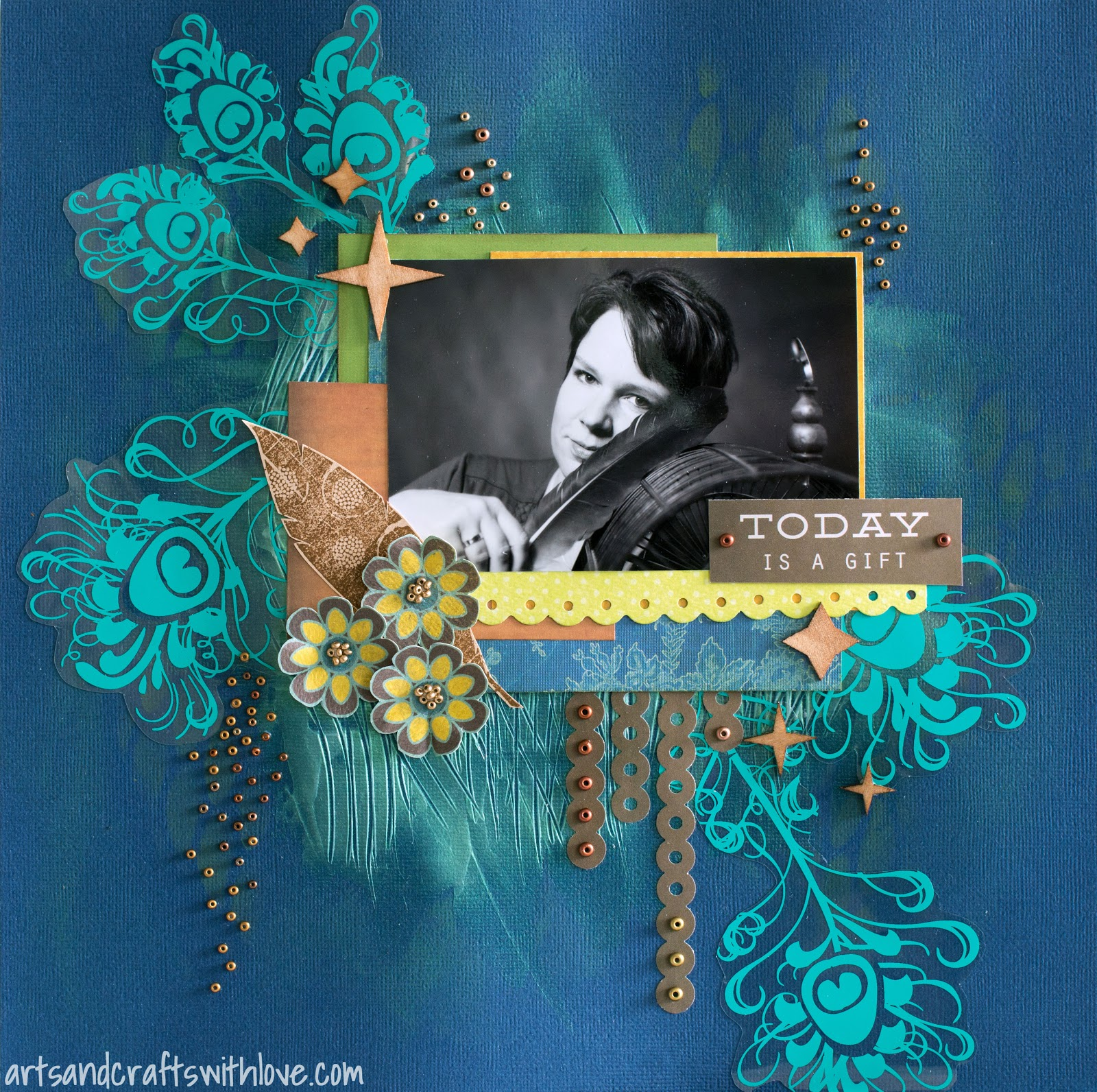 Scrapbooking layout Layout for AOS April '15 challenge: Everyday is a gift