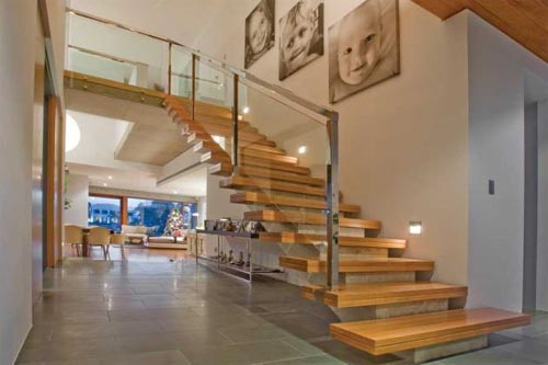 Beautiful Wooden Stairs Design 2014