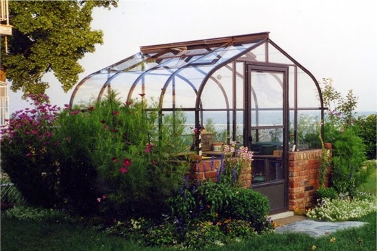 How to Choose the Right Green House Kits For Your Home