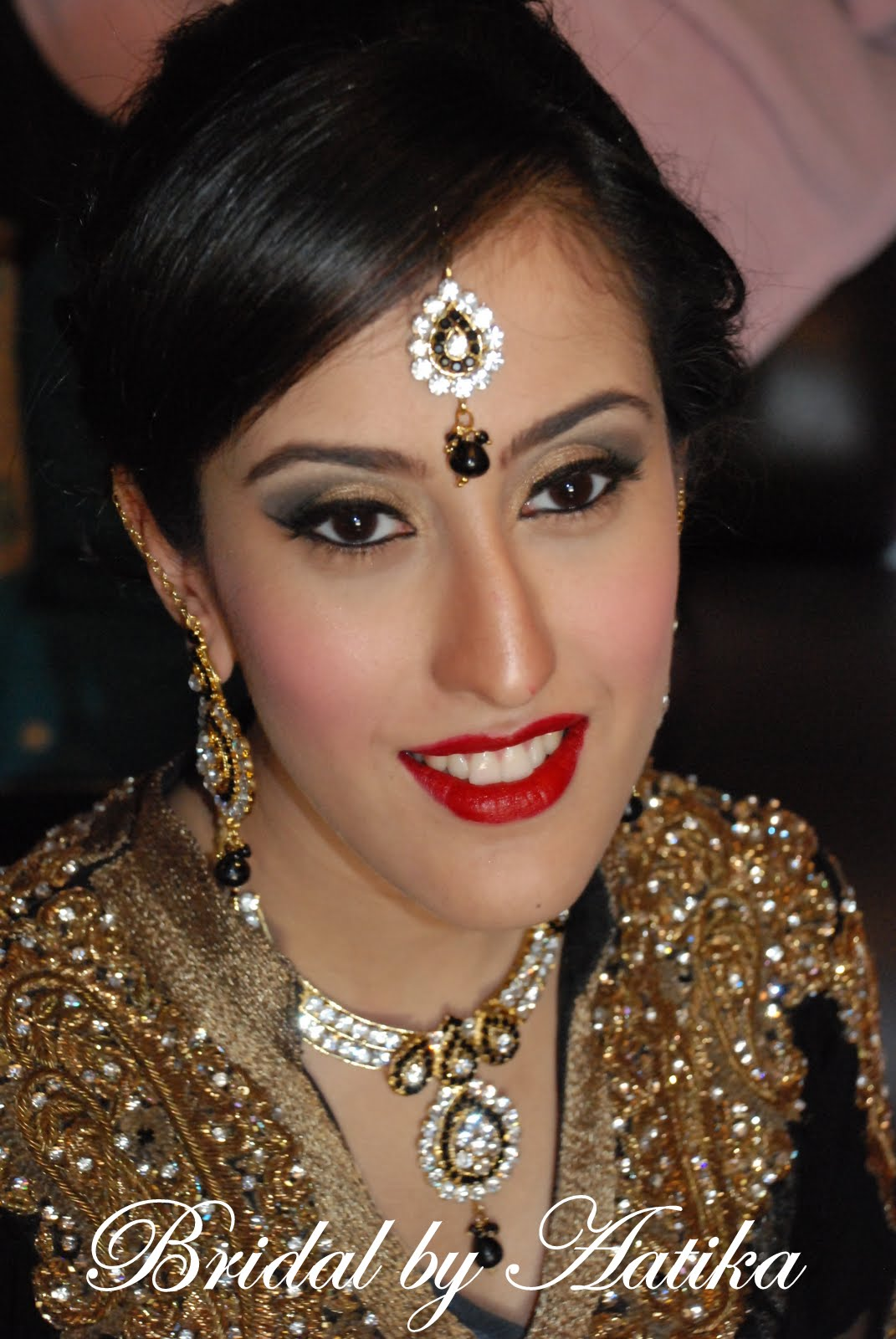 Quick Bridal Makeup : Hairstyles And Make Up December 2012 GlobezHair