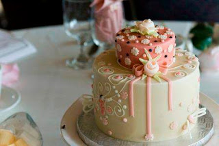 Small Wedding Cakes Designs