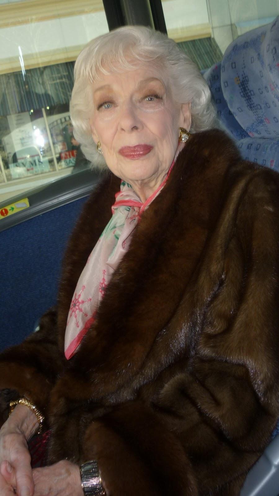 Linda Dangcil,Krista Sutton Hot fotos Eniko Mihalik HUN 2 2009, 2014,James Fox (born 1939)