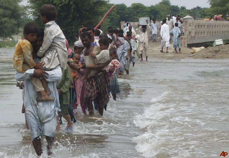 essay flood in pakistan 2010 Free essay: as a non-structural measure, flood forecasting (such as discharge, water level, or flow volume) is a crucial part of flow regulation and water.
