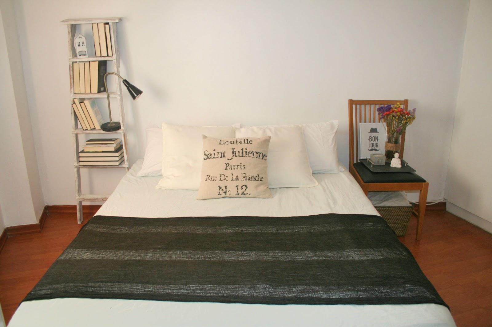 rocco en mi sofa decorar un dormitorio low cost diferente