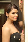 Parul Yadav latest glam pics-thumbnail-17