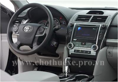 Cho thuê xe Toyota Camry 2.5G hạng sang