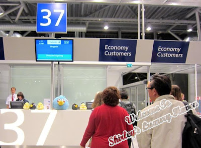 finnair angry birds asian challenge boarding gate