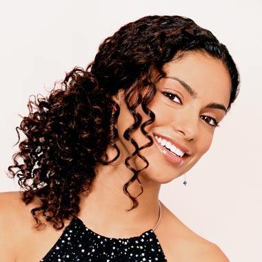 http://4.bp.blogspot.com/-0disKVoEUlU/TvYATE9baoI/AAAAAAAAHog/VH9njP3UsOc/s1600/Curly+Hairstyles+for+African+Women.jpg