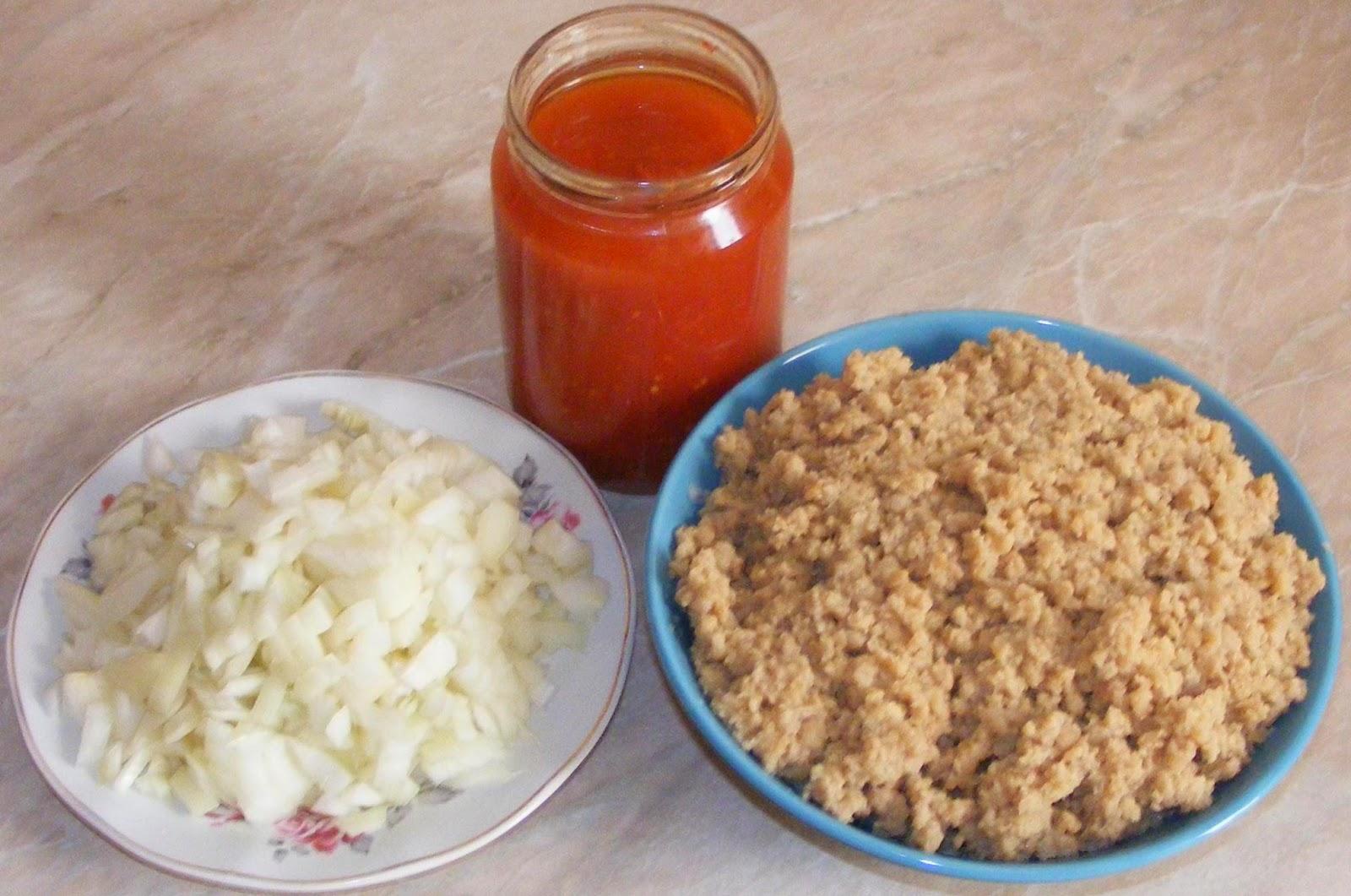 ingrediente umplutura musaca, musaca, musaca de post, musaca de post din paste si soia, musaca din paste si soia, umplutura musaca, compozitie musaca, retete culinare, preparate culinare, retete de post, mancare de post, retete cu soia, retete cu paste,