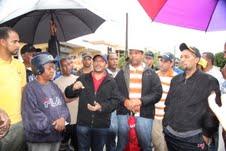 Gobernador Julio César Díaz ordena la evacuación de cinco familias y supervisa zonas afectadas por el paso de Sandy por SC