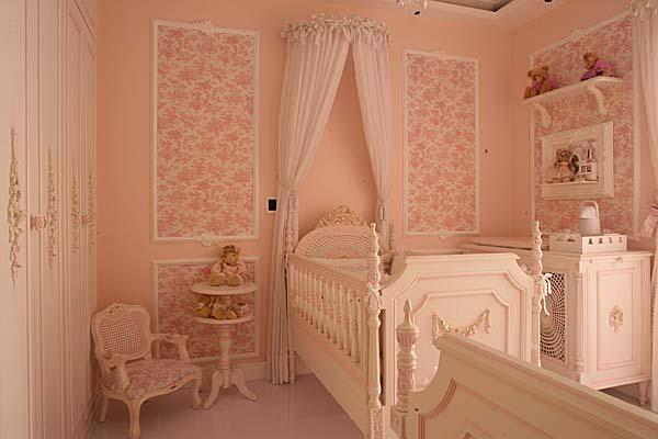 decoração de quarto de bebe menina estilo proovençal