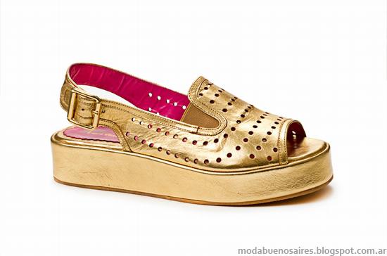 Moda verano 2014 sandalias y zapatos 2014 Laura Constanza.