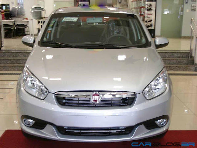 Fiat Grand Siena Essence 1.6 16 x Chevrolet Cobalt LT 2013